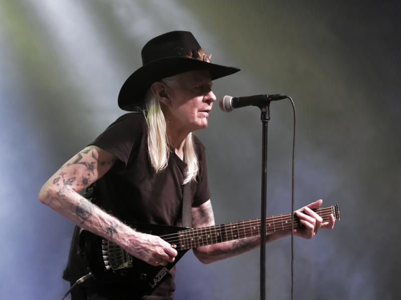 Johnny Winter performing in Winterbach, Germany in 2011.