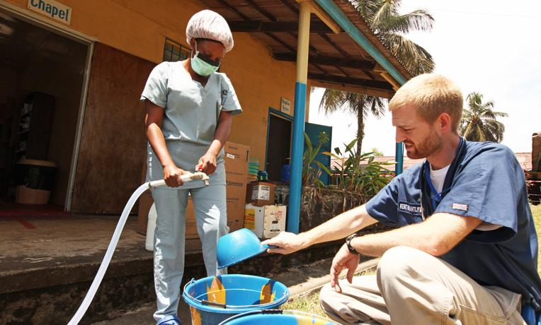 fort worth doctor with ebola is back in u s and appears