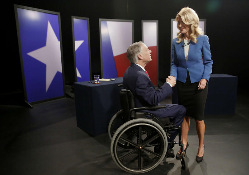 Republican Greg Abbott and Democrat Wendy Davis met at the KERA studios in Dallas for their final governor's debate.