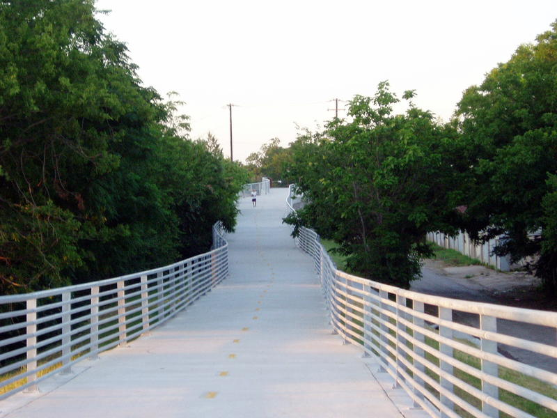 """The Santa Fe Trail in Dallas. It's part of what has been dubbed the """"Regional Veloweb."""""""