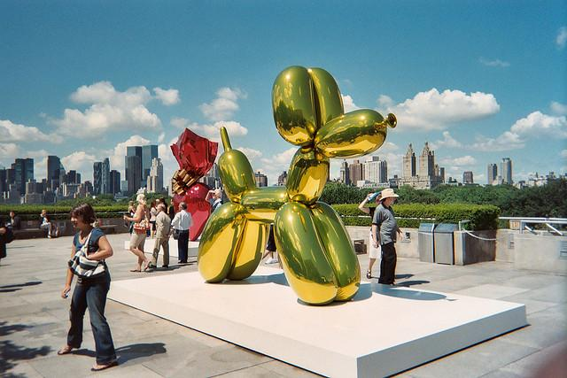 Jeff Koons, famous for this sculpture, is one of the artists featured in Sarah Thornton's book.