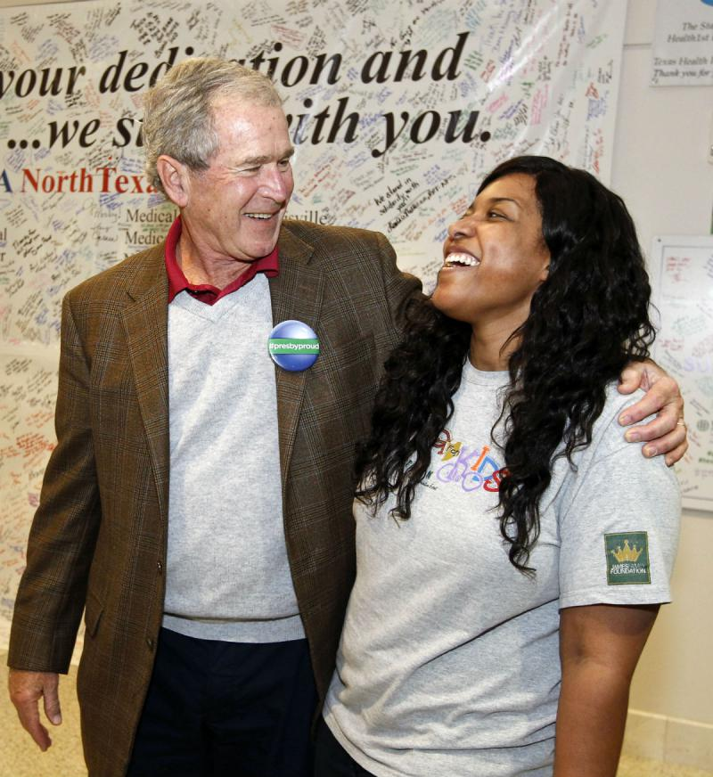 Former President George W. Bush met Friday with Amber Vinson, the Dallas nurse who recovered from Ebola.