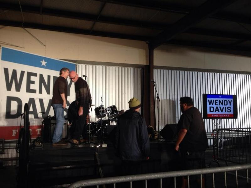 The Blue Beats Band sets up to perform at Wendy Davis' election party.