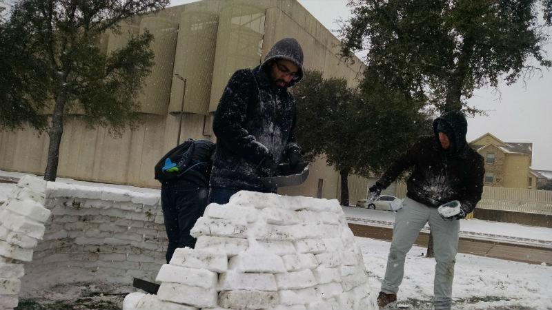 Students at UT-Dallas spent Friday afternoon building an igloo on campus.