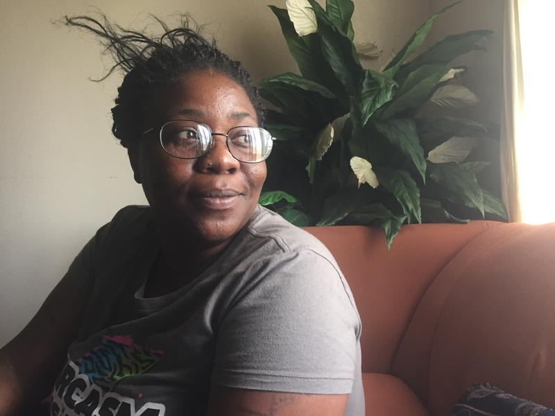 Lacreshia Preston Garrett says her 12-year-old daughter was traumatized by her treatment at the hands of Dallas school district police.