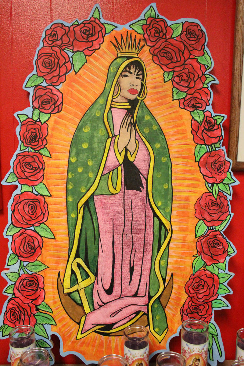 This piece depicted Selena as the Virgin Mary.