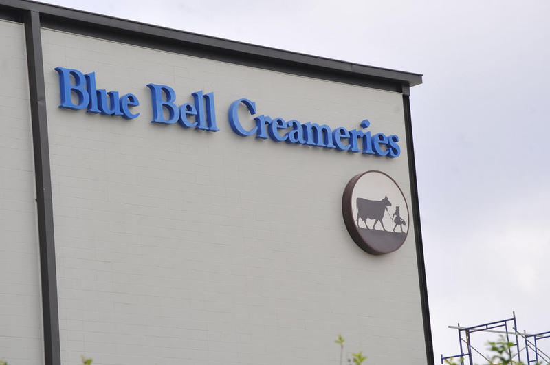 Blue Bell Creameries says it will close all three of its creameries in Texas, Oklahoma and Alabama for cleaning and training.