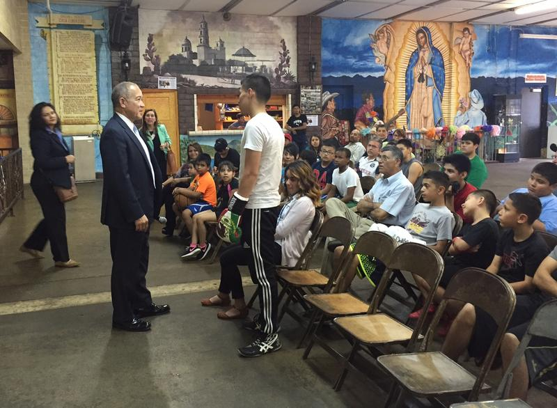 Dallas ISD Superintendent Mike Miles spoke to parents and students at Casa Guanajuato in Oak Cliff earlier this week.