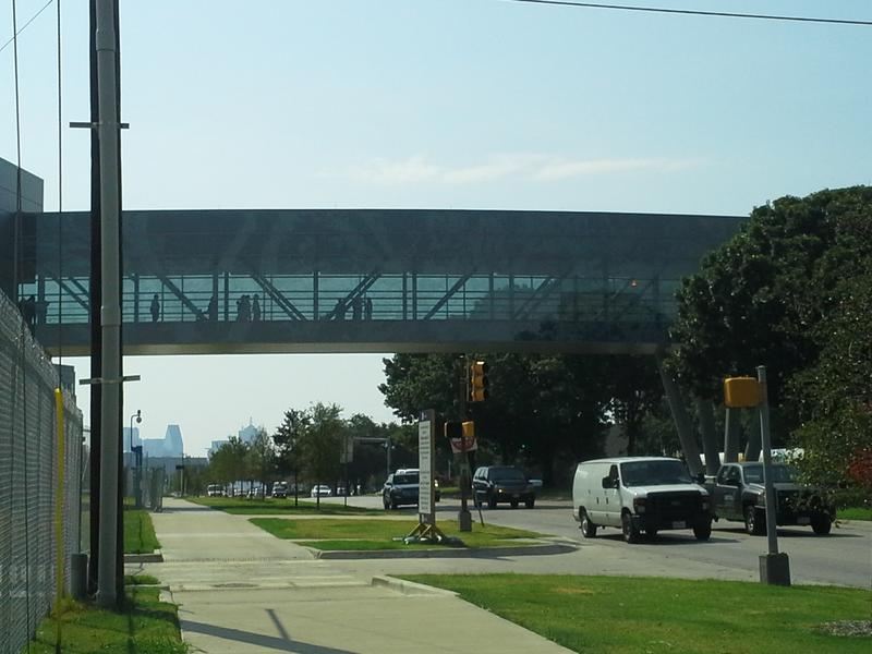 A 1,000 foot long sky bridge over Harry Hines Blvd in Dallas connects the old Parkland with the new 2.1 million-square-foot hospital.