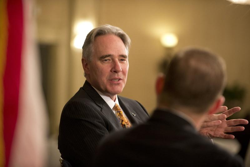 UT Athletic director Steve Patterson is leaving his job.
