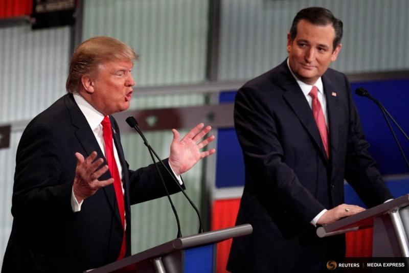 Republican U.S. presidential candidates Donald Trump and Ted Cruz at the Fox Business Network Republican presidential candidates debate in South Carolina.