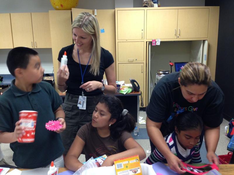 Leslie Hirsh Ceballos works with other teachers at Carolyn Bukhair Elementary in Richardson. Here, she visits Elizabeth Reggans' third-grade class during the last week of school.