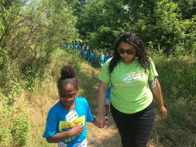 Dallas students go on a nature walk at the Trinity River Audubon Center. This week, they've been learning about beauty.