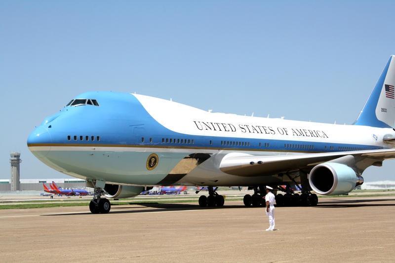 Air Force One arrives at Dallas Love Field airport.