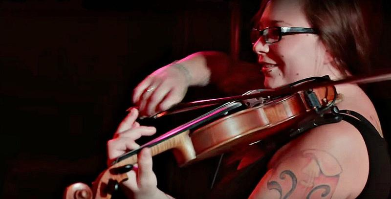 She's not a star outfront, just a talented, respected, in-demand North Texas musician. Petra Kelly has brought her violin's wailing soulfulness or chugging backup to dozens of Texas bands and artists.