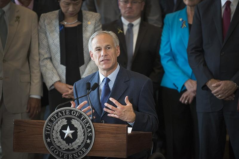 Gov. Greg Abbott at a press conference on the Dallas shootings on July 8, 2016.