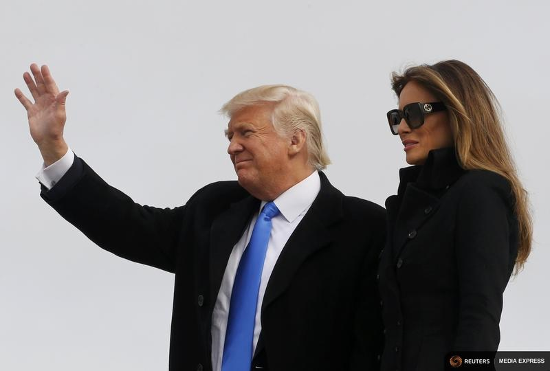 Donald Trump and his wife, Melania, arrive at Joint Base Andrews outside Washington D.C. Thursday.