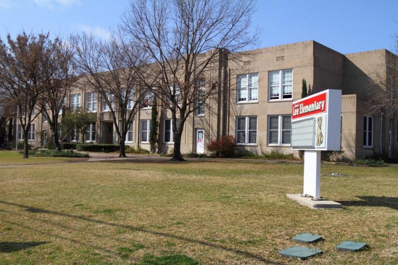 Robert E. Lee Elementary in East Dallas.