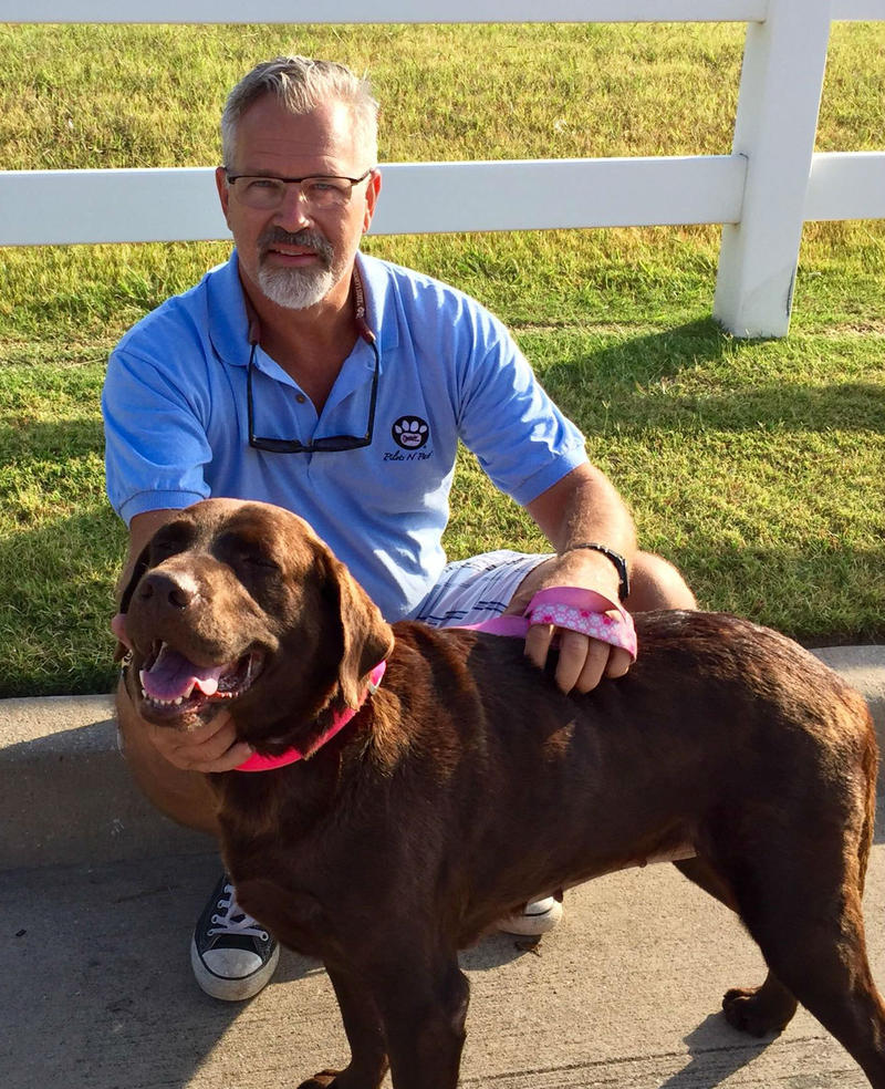 Bill Kinsinger was flying a rescue mission for the nonprofit Pilots N Paws when his plane went missing.