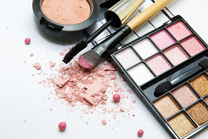 Materials in eye makeup can be focally irritating to tissues, Dr. Stephen Verity says