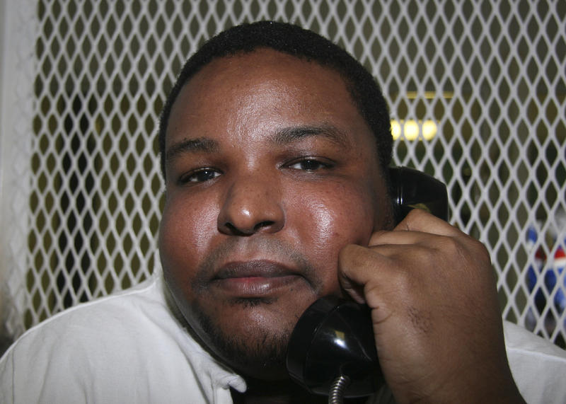 In this photo taken Nov. 4, 2009, is death row inmate Robert Lee Thompson during an interview in Huntsville, Texas.
