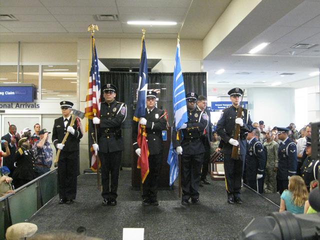 final troops met by dfw airport program receive hero s welcome