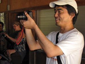 Tatsuya Kanayama photographs activities at Camp El Tesloro