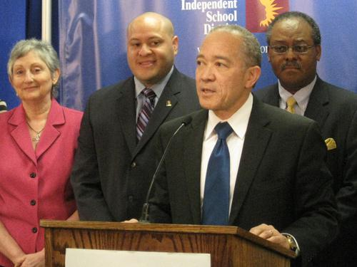 "Mike Mikes said he's ready to ""reset"" his relationship with DISD board members."