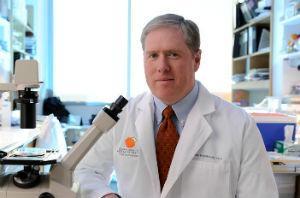 UT Southwestern's Dr. Sean Morrison has taken another step towards understanding how blood-forming stem cells survive.