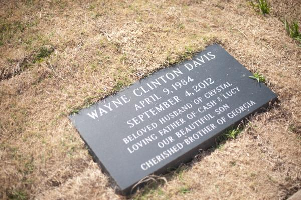 Wayne Davis' gravesite at the Bascom Cemetery in Tyler.