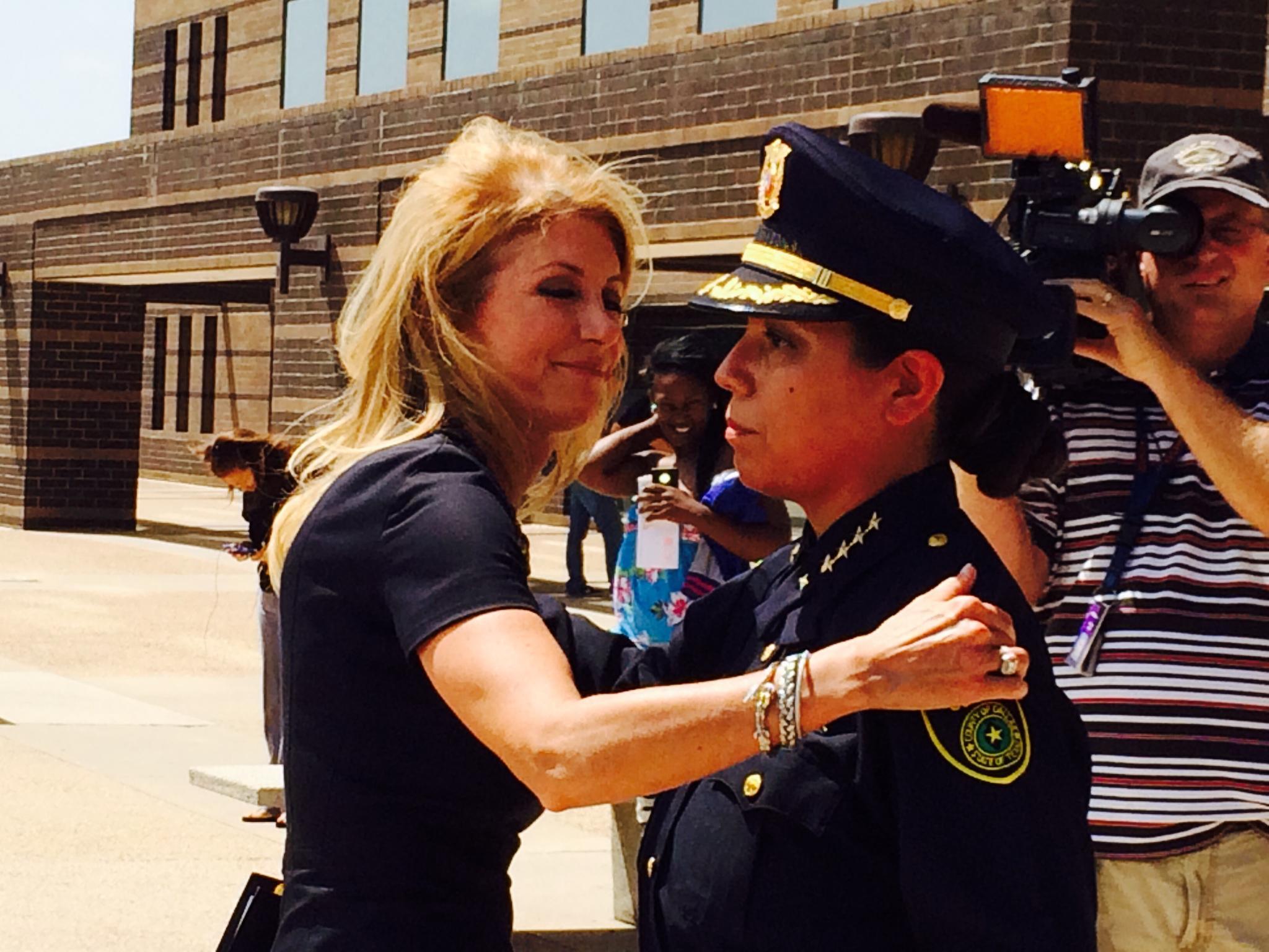 Wendy Davis Calls For Eliminating Statute Of Limitations On Rape ...
