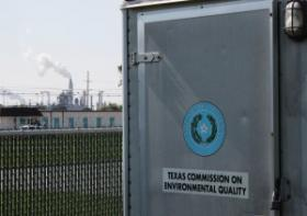 Texas has 13 air monitors in five cities that measure hydrogen sulfide.