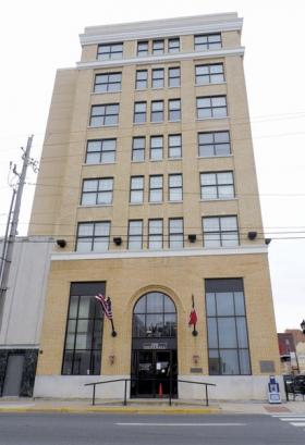 The City of Greenville will be attempting to line up new leases with the tenants of the Paul Mathews Exchange Building, after being unable to sell the downtown landmark.