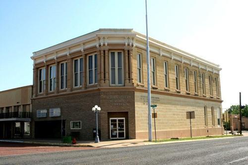 Bertha Voyer Memorial Library in Honey Grove, TX.