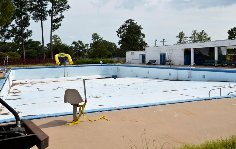 The empty Sulphur Springs City Pool sits idle after closing in March 2011