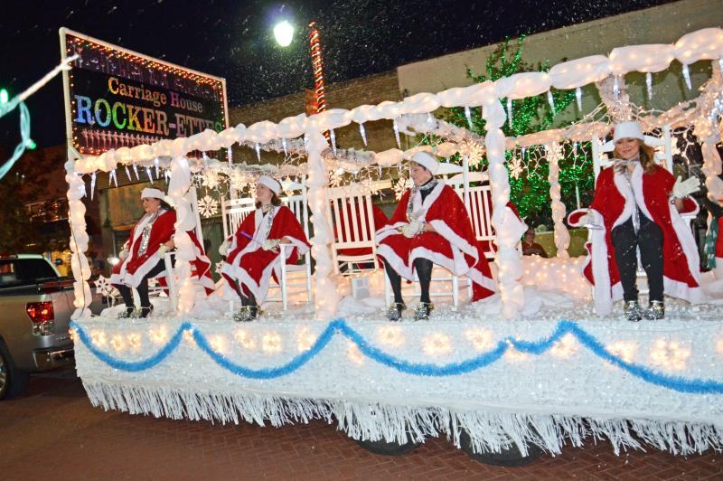 Carriage House Rocker-ettes entertain parade watchers in Sulphur Springs.