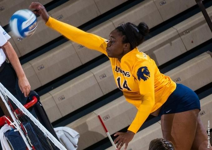 Senior Ciara Holmes set an new career high with 19 kills versus Cameron