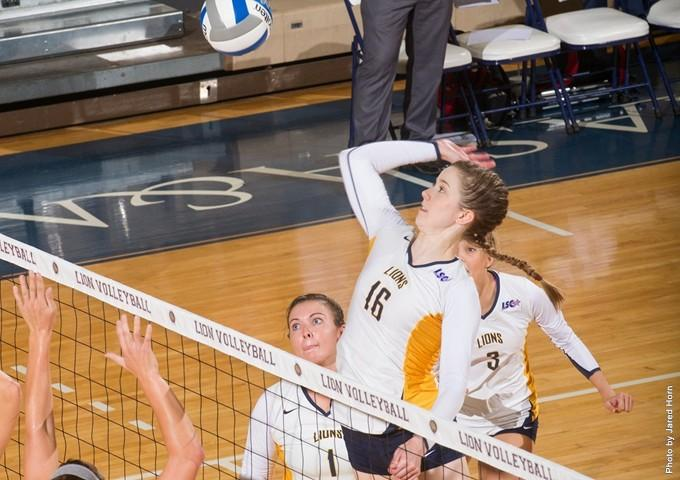 Senior right side hitter Kayla Bond and the Lions will travel to Canyon for the LSC tournament on Thursday.