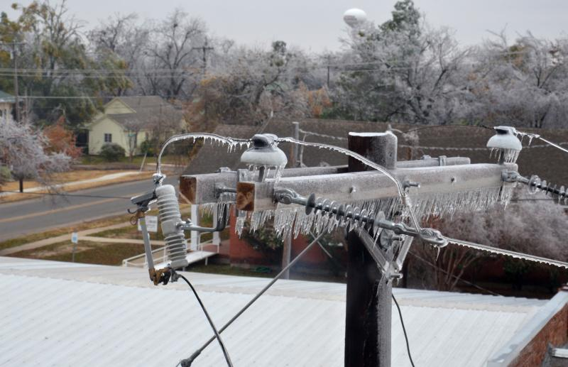 Ice caused major damage in Northeast Texas in December 2013.