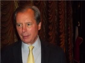 Lt. Gov. David Dewhurst raised $253,000 for his campaign to be re-elected as Lieutenant Governer of Texas.