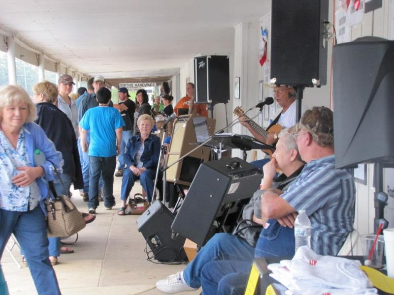 Locals and visitors mingle during the 2012 Roxton Saturday Night.
