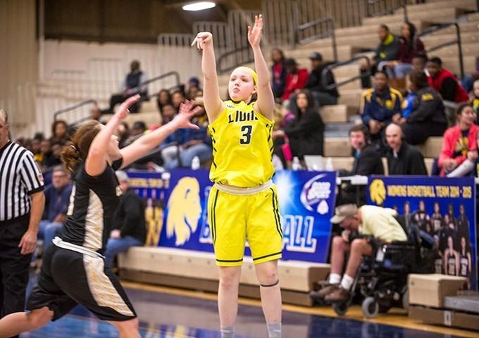 Sophomore guard Natalie Hessong and the Lions host the Eastern New Mexico Zias this evening at The Field House.