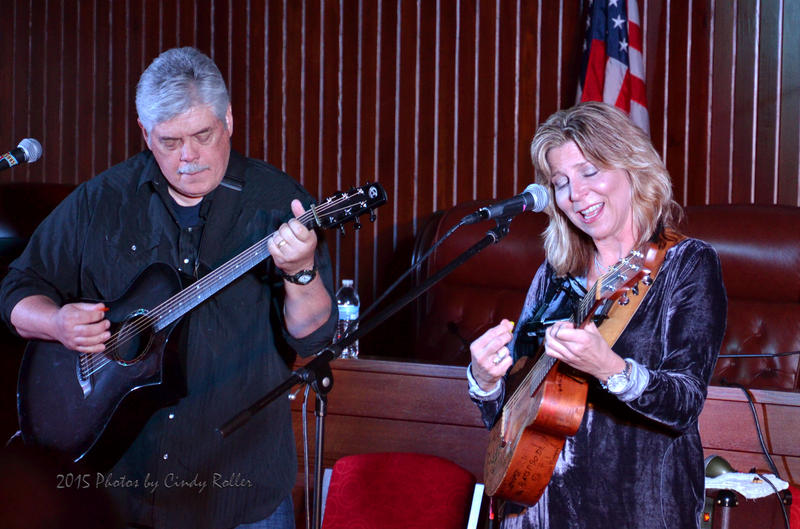 Terri Hendrix and Lloyd Maines gave an unplugged workshop on Sunday afternoon for aspiring singers and songwriters also at City Hall.