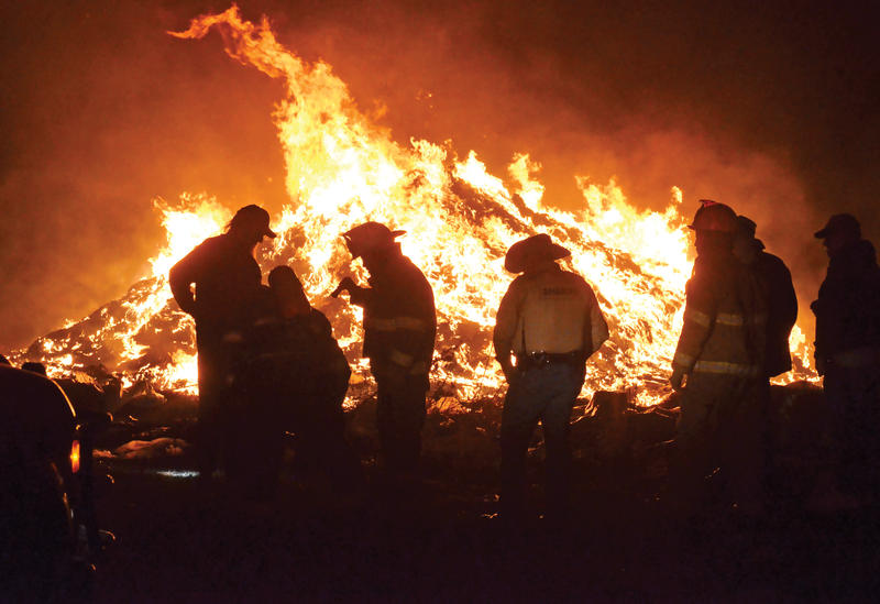 Cooper Review's color photo of the first responders to an evening fire