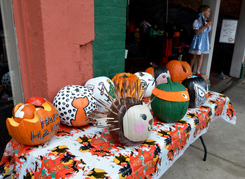 It may not have been a sincere pumpkin patch but these pumpkins were very creative.