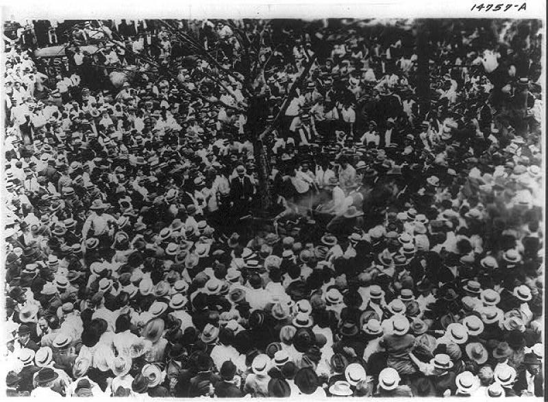 The photo depicts the crowd shortly before the May 15, 1916, lynching began.