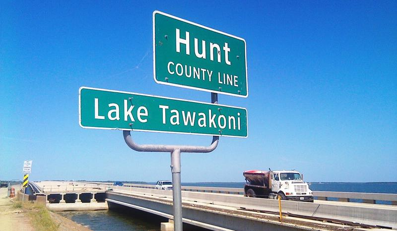 Lake Tawkakoni-Hunt County sign