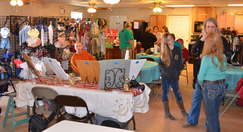 Crowds gathered last Saturday under the sunshine in Pecan Gap for Fair.