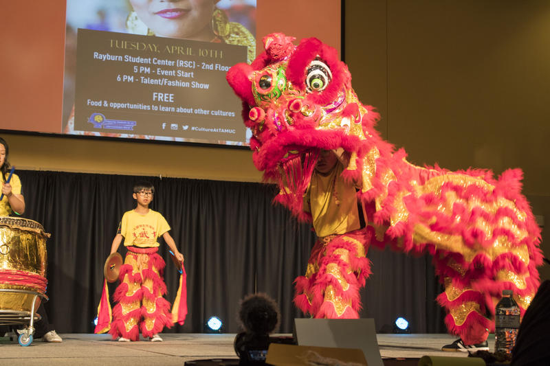 Chinese dragon dance for goodluck preformed in the talent show.