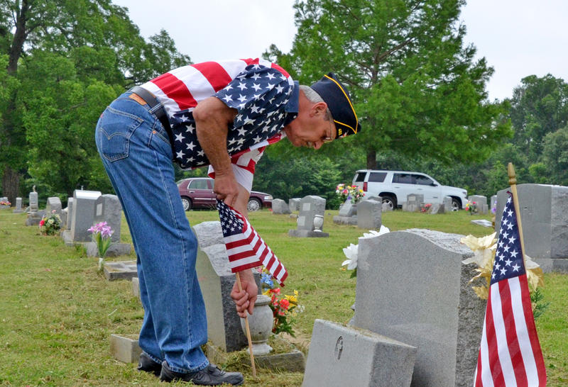 Volunteers and members of the American Legion Post 483 will be placing flags on soldiers' graves for Memorial Day.